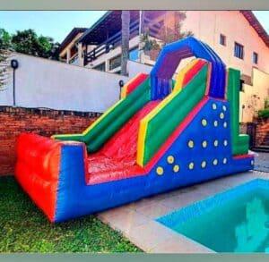 Locação de Tobogã Inflável para Festa Infantil com Escalada de 6 por 3 Metros