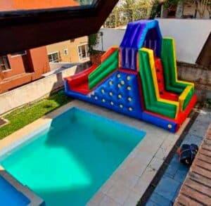 Locação de Tobogã Inflável para Festa Infantil com Escalada de Cima Alugado numa Casa em SP